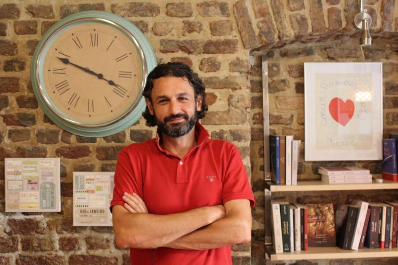 arabischer buchladen in istanbul wir wollen ein kulturzentrum sein. Black Bedroom Furniture Sets. Home Design Ideas