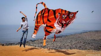 """""""Fotografieren habe ich zu 90 Prozent in der Praxis erlernt"""", hat Siddiqui einmal geschrieben."""